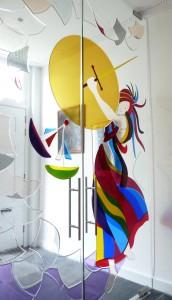 gefusede-glaskunstwerk-vrouwe-justitia-a